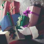 Mos Craciun: 3 idei de cadouri UTILE si DEOSEBITE pentru copii