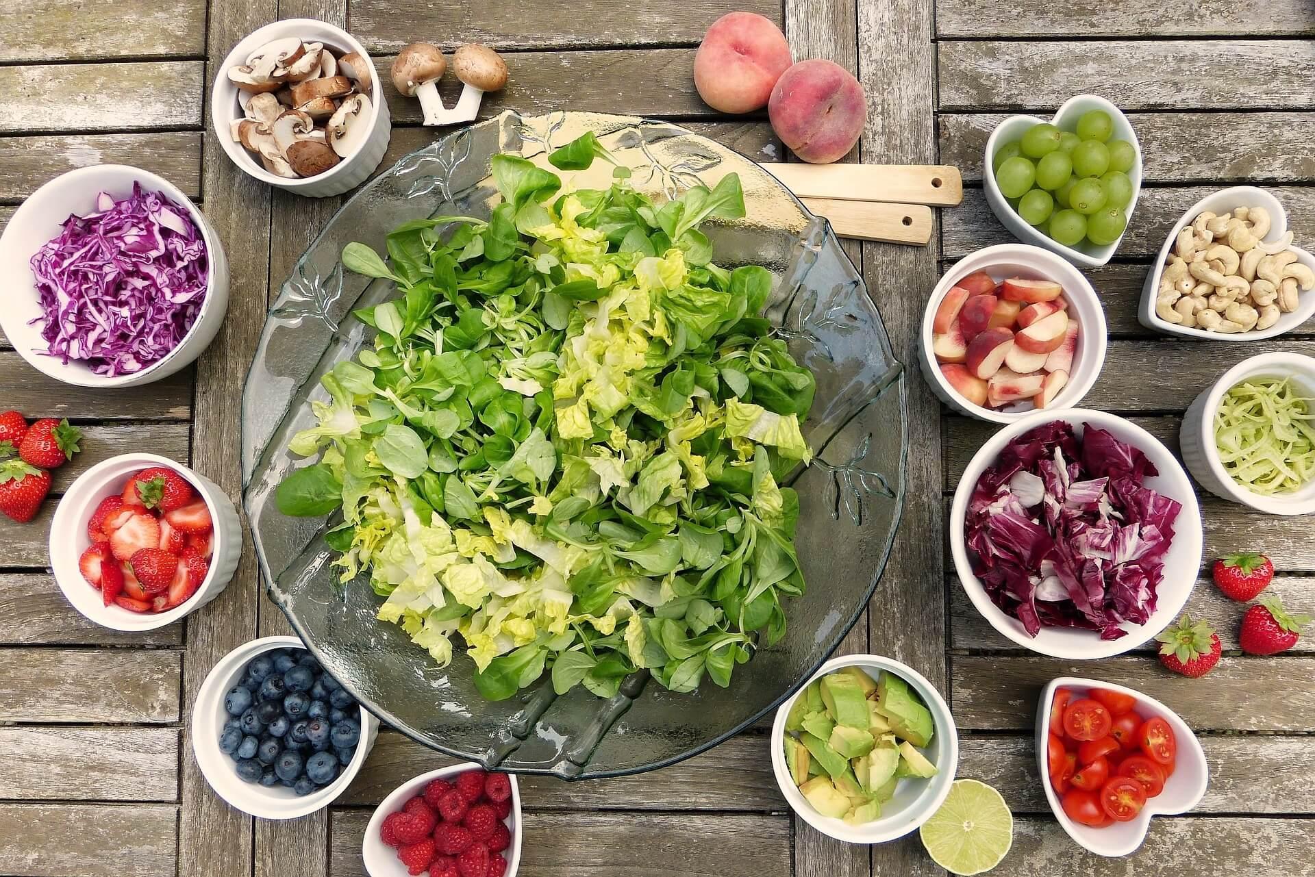 Dieta vegetariana, vegana si raw food