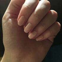 ingrijirea unghiilor